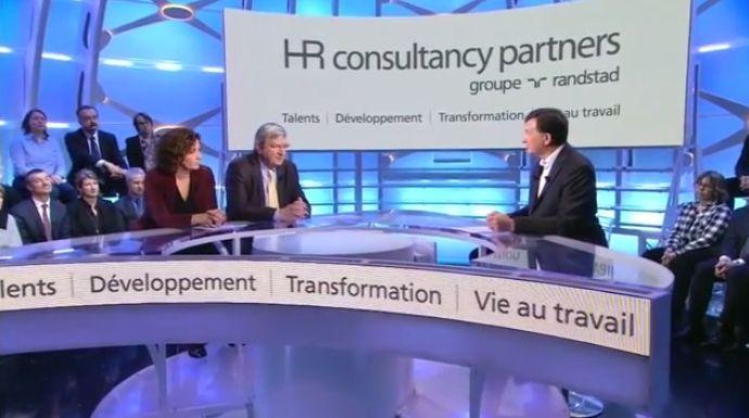 Nombreux sont ceux qui commencent à envisager de repenser le rôle du management comme support et non plus comme hiérarchie...